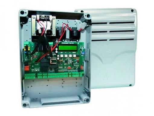 002ZM3E Блок управления с расширенным набором функций