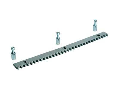 009CGZS Рейка зубчатая на болтах (30х8 мм) 1 м, модуль 4